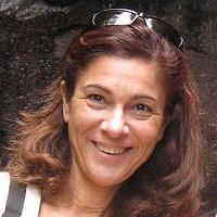 Paula C. Castilho